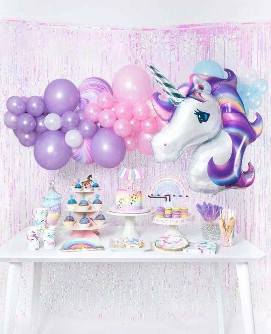 jednorozci narozeniny