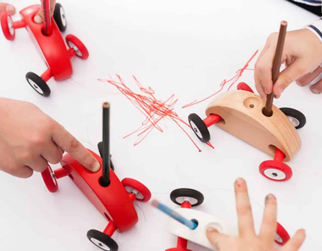 drevene hracky fingercar