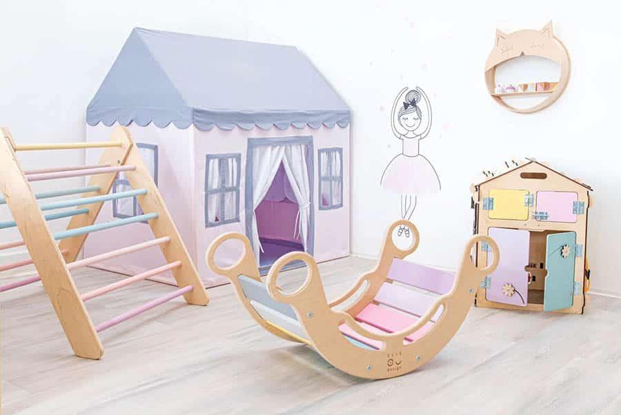 montessori pokoj pro holku