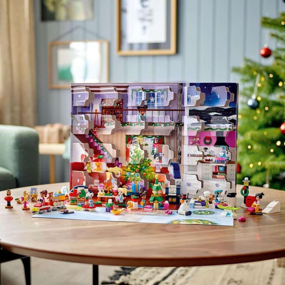 lego adventni kalendar friends